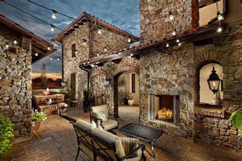 18 Extraordinary Luxurious Mediterranean Patio Designs You