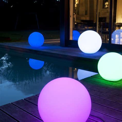 boule lumineuse leroy merlin 30 luminaires et eclairages d ext 233 rieur pour illuminer jardin boule lumineuse castorama