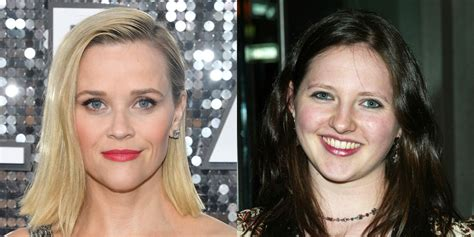 Reese Witherspoon Reacts to 'Election' Co-Star Jessica ...