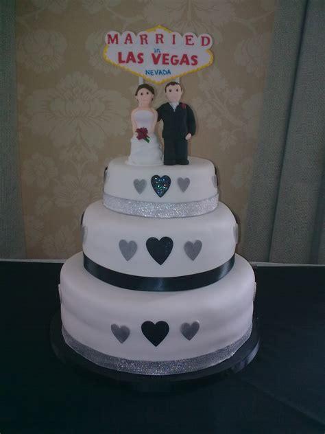 jodie las vegas wedding cake (2)   Samanthaharris's Blog