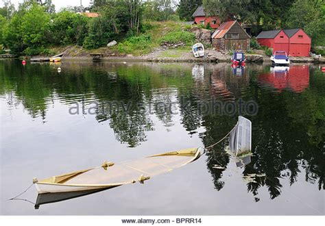 Sinking Boat Images by Sinking Boat Stock Photos Sinking Boat Stock Images Alamy