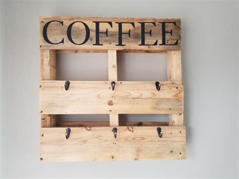 Get profitable products at factory prices with excellent services. Once Daily DIY: DIY Wood Pallet Coffee Cup Holder