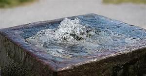 Außentreppen Stein Selber Bauen : gartenbrunnen aus stein selber bauen 20 moderne ideen mit bildern ~ Orissabook.com Haus und Dekorationen
