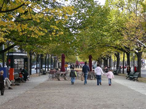 Unter Den Linden  Simple English Wikipedia, The Free