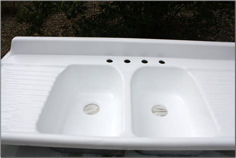Double Farmhouse Sink With Drainboard   Sink And Faucets