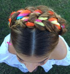 flattering hair styles best 25 mexican hairstyles ideas on 8823