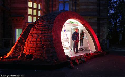 First Ever Martian Show Home Reveals What Life Would Be