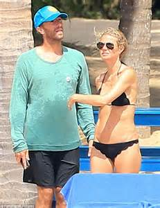 Gwyneth Paltrow's marriage hit the rocks 'due to Brad ...