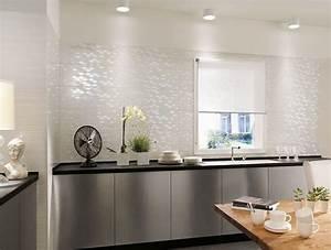 Piastrelle cucina resistenti e moderne ceramica for Piastrelle da rivestimento cucina