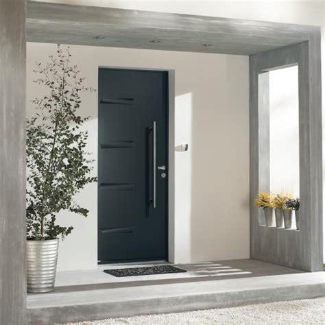 largeur d une porte largeur d une porte interesting blocsportes duentree de maison athena bp destination blocporte