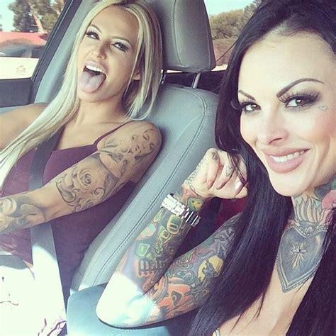 smokin hot girls  tattoos life  trends