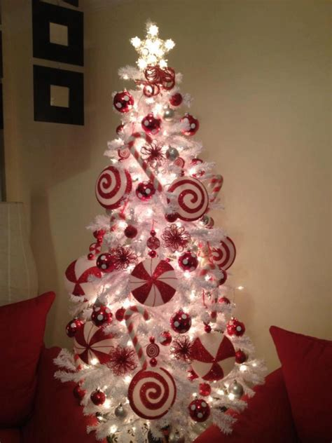 50 of the most inspiring christmas tree designs candy