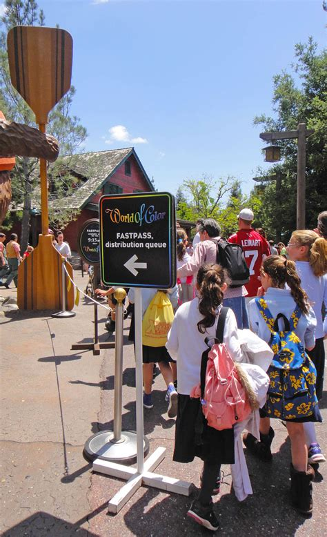 33 tips to maximize your time at disneyland