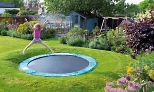 Pro Idee Garten : jednoduse proveditelne napady do detskych pokoju a zahrad trampolina zabudovana do zeme ~ Pilothousefishingboats.com Haus und Dekorationen