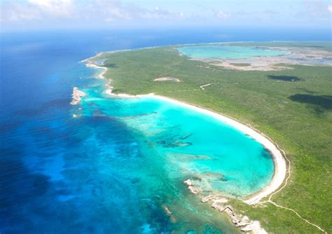 bahamas real estate  rum cay  sale id