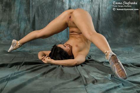 Naked Gymnast Emma Shafranka 6