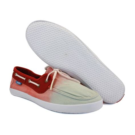Red Vans Boat Shoes by Vans Chauffette Se97ni Womens Laced Canvas Boat Shoes Red