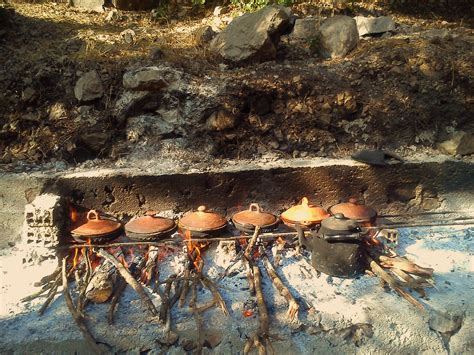 outdoor cuisine file md boualam tajine outdoor cooking jpg wikimedia commons