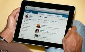 Facebook status update: Over 80% of users now log on using smartphones and tablets | Daily Mail ...