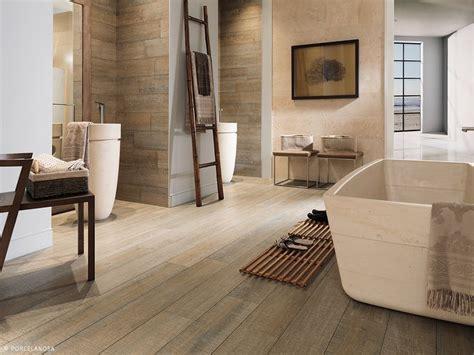 Badezimmer Ideen Mit Holzfliesen by Die Besten 25 Bad Holzfliesen Ideen Auf