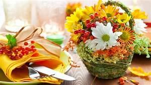 Blumen Im November : herbstliche tischdeko mit erntedank motiven ~ Lizthompson.info Haus und Dekorationen