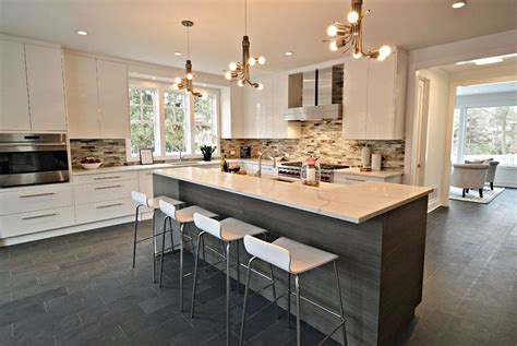 Kitchens With Contrast : Gorgeous Contrasting Kitchen Island Ideas (pictures