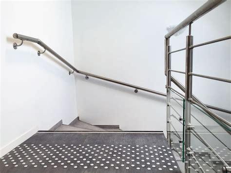 specialiste cuisine re d 39 escalier murale à led éclairage doux dans votre