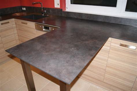 cuisine bois plan de travail noir nos plans de travail pour cuisines intégrées et équipées