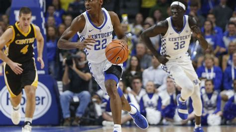 uk basketball wenyen gabriel scores   kentucky