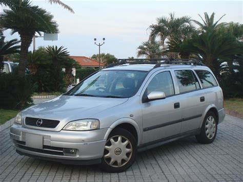 Opel Astra Wagon by Opel Astra 20 Cd Wagon Photos News Reviews Specs Car