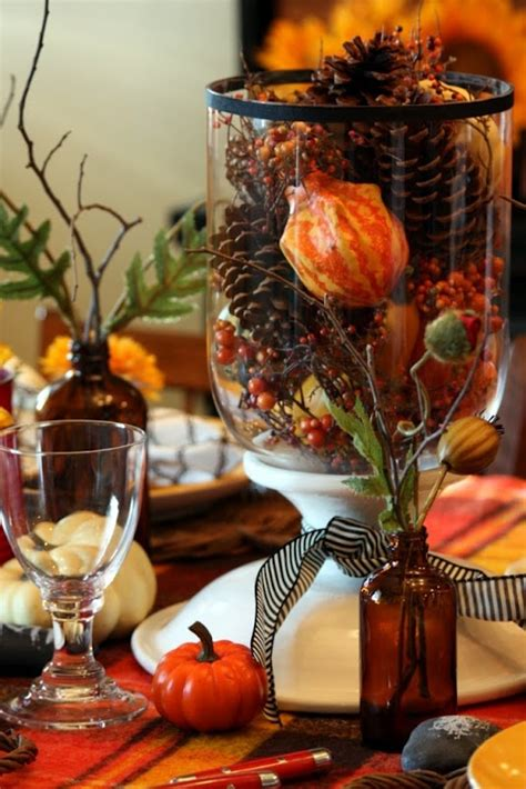 thanksgiving table centerpieces 34 cozy pinecone centerpieces for fall and thanksgiving digsdigs