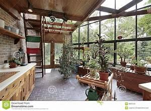 Haus Im Gewächshaus : gew chshaus im gro en haus stockfotos bild 8904123 ~ Lizthompson.info Haus und Dekorationen