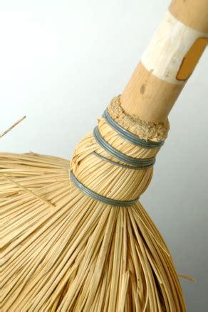 broomstick  stock photo freeimagescom