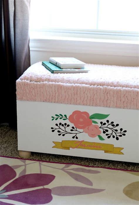 fabriquer chambre fabriquer un coffre à jouet pour chambre d 39 enfant
