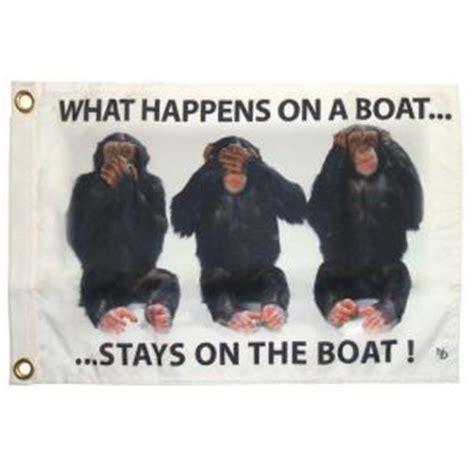 multinautic      stays  boat funny flag