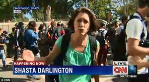 CNN reporter injured by tear gas canister live on the air ...