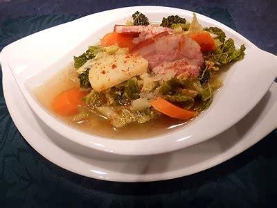 cuisine au micro onde soupe au chou au micro onde la recette facile par toqués