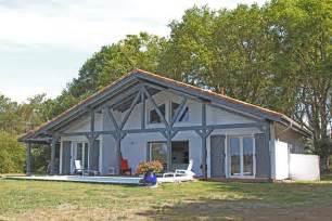 hauteur fenetre cuisine maison bois typique landaise par alaya la maison bois