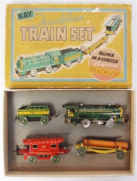 kay england trackless train set consisting  clockwork