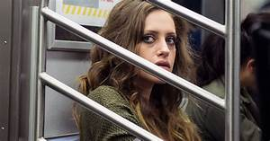 Mr. Robot's Carly Chaikin Is Paranoid About Being Hacked ...