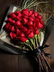 la signification des roses quelle couleur de roses offrir With tapis chambre bébé avec bouquet de fleurs rose rouge