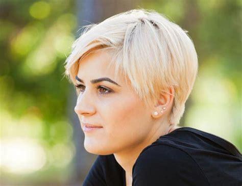 versatile short straight haircuts  stylish