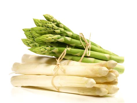 cuisiner les asperges des recettes d 39 asperges qui nous bottent recettes d