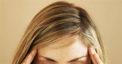 mal di testa e vomito bambini mal di testa rimedi semplici e naturali per alleviarlo