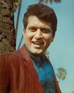 Manoj Kumar, the romantic hero – Birthday special