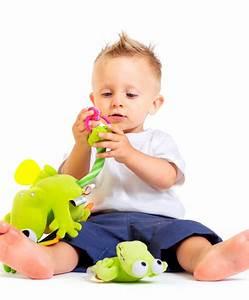 Spielzeug Für Babys : spielzeug f rs kind ~ Watch28wear.com Haus und Dekorationen