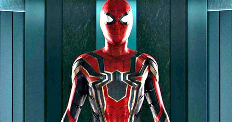 Iron Spider Suit From Spiderman Homecoming Fully