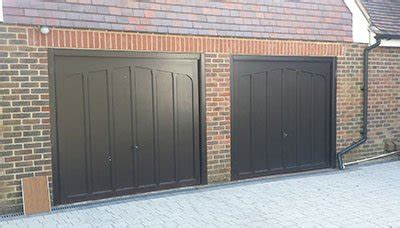 Mobile Garage Portsmouth by Garage Doors The Garage Door In Portsmouth