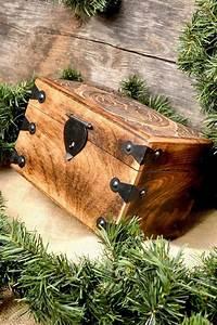 Truhe Aus Holz : mittelalter truhe wikingerschild aus holz ~ Watch28wear.com Haus und Dekorationen