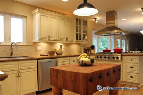 rta kitchen cabinets vanilla glaze rta cabinet hub